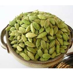 Green cardamom Bold Small Cardamom, Cardamom Size Available: 7 mm, Packaging Type: PP Bag