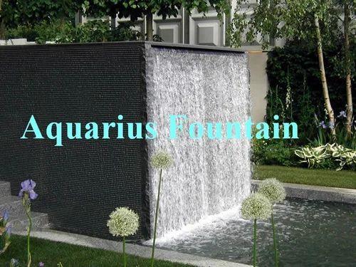 Attirant Wall Water Fountain