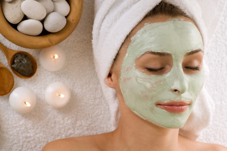 The Best Way to Apply Face Masks Correctly - wikiHow