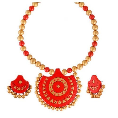 a54b747ec3cdc Pure Pearls, Chennai - Wholesaler of Luxury Pearl Sets and South Sea ...