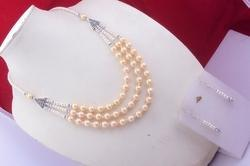 Color Pearl Beaded Necklace