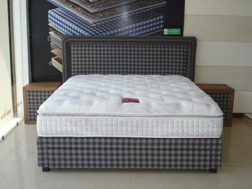 Spring Base Bed with Headboard, Side Table, Modern Beds, बेड्स ...
