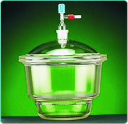 Desiccator with Lid & Vacuum