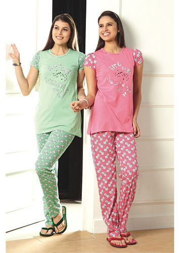 27052b67f3 Cotton Half Sleeves T Shirt With Pyjama - SD Retail Private Limited ...