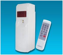 Aerosol Dispenser With Remote