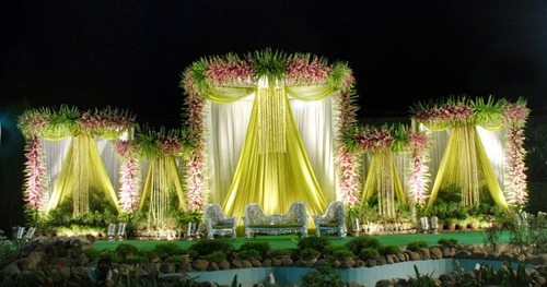 Wedding stage view specifications details of wedding stage by wedding stage junglespirit Gallery