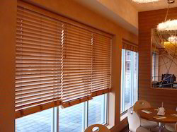 Window Blinds In Indore ���ट्टियों ���े ���ना ���िड़की ���ा ���रदा