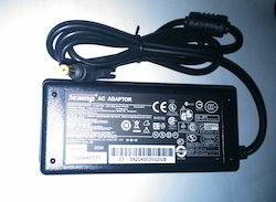 SCOMP Laptop Adapter HP 18.5V 3.5A (Moti Pin)