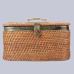 Rectangular Close Wicker Box