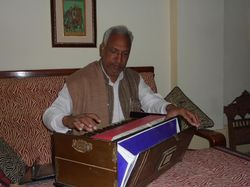 Initiation to tabla