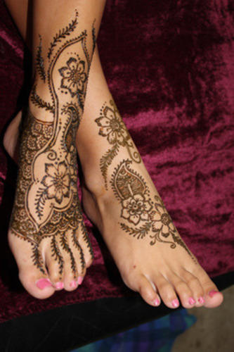 fd4d4b47eb295 Henna - The Art Of Mehndi, Kanpur - Service Provider of Bridal ...