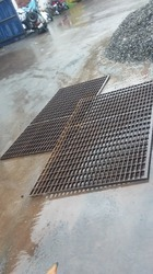 Intermesh Gratings