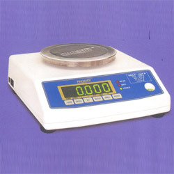Weighing Jewellery Scales