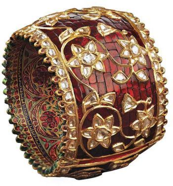 Shivam Jewellers Manufacturer Of Traditional Bangle