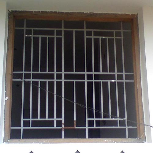 Mild steel window grill design images for Iron window design house