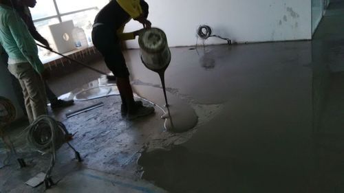 Self Leveling Compound Pouring - Epoxy Self Leveling Underlaymemt