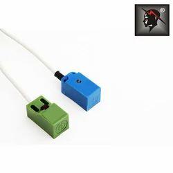 Rectangular Type Proximity Sensor