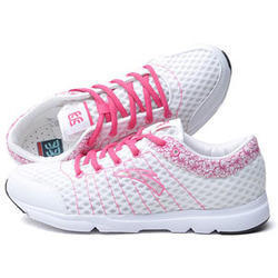 Ladies Jogging Shoe 06bb7cc13