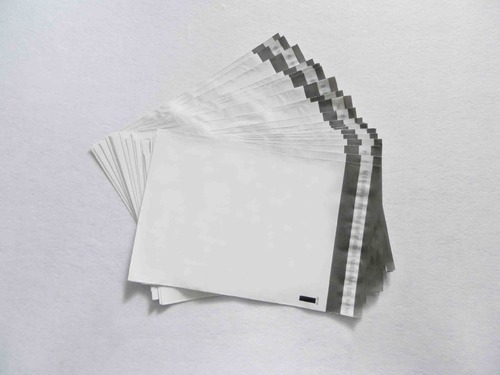 8ceafc077fa Plastic Courier Bags, प्लास्टिक का कूरियर थैला ...