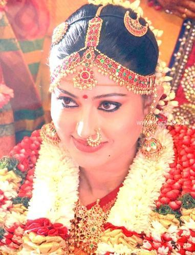 Wedding Jewellery For Rent Sagunthala Jewellers Retailer in