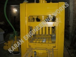 18 Bricks Fly Ash Brick Making Machine