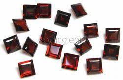 Garnet Faceted Square Gemstone