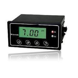 Online pH Transmitter