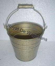 metal buckets for flowers