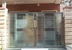 Stainless Steel Gates With Glass Work