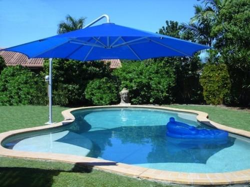 Giant Side Armed Pool Umbrella, Swimming Pool & Water Sport Goods ...