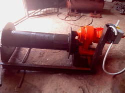 Cable Conductor Pulling Winch cap 3-5 ton.(Motor Operated)