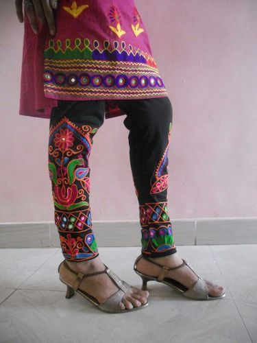 Embroidered Leggings Stylish Embroidered Leggings