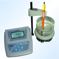 Table-Top PH/Ion Concentration Meter