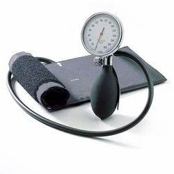 aneroid manometer. aneroid sphygmomanometer manometer m