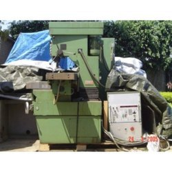 Universal Vertical Horizontal Milling Machine