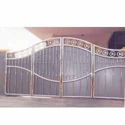 House Steel Main Gate