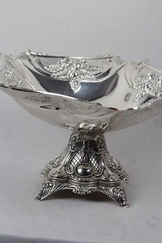 Imported White Metal Fruit Bowl