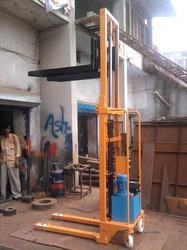 Hydraulic Electric Stacker