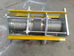 Inline Pressure Balance Expansion Joints