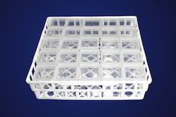 25 Tissue Culture Containers Snugly Fit In To Our Tray