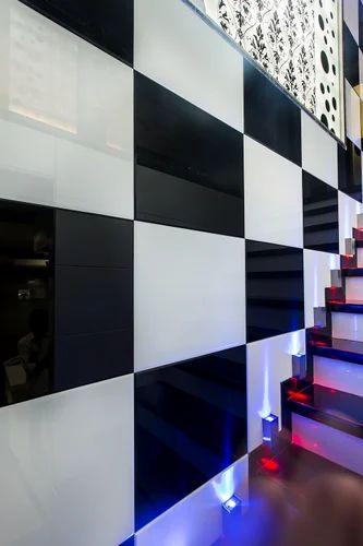 Staircase Back Painted Glass Shree Rangkala Glass Design