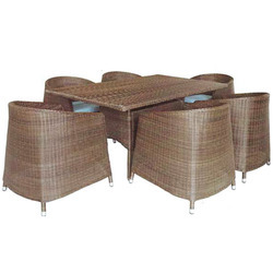 Wicker Dinning Chairs And Tables