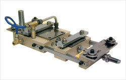 Pneumatic Feeder, Model Name/Number: 100 X 100