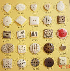 Bone Finished Button (RC067)