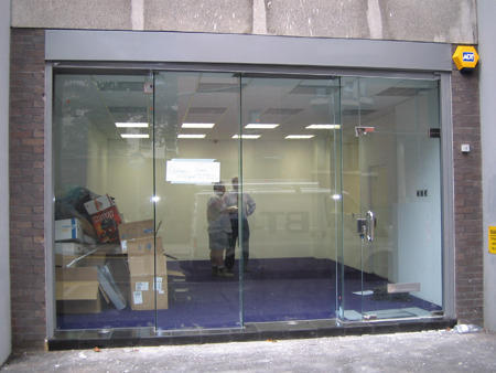 Frameless Shop Front Glass Doors At Rs 400 Square Feets