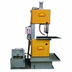 Vertical Semi Automatic Bandsaw Machine