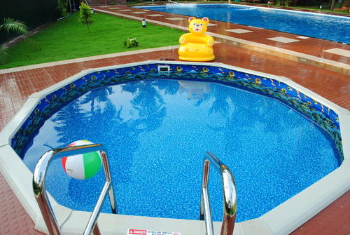 Round Swimming Pool