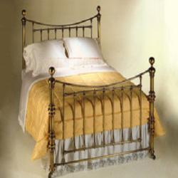 brass beds faversham
