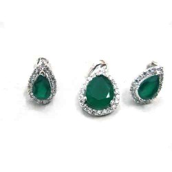 Designer Green Rhodium Pendant Set