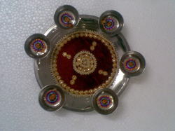 Round Red Steel Pooja Thali, Dimension: 10 inch